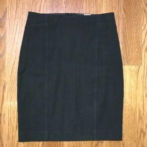 Ann Taylor Black Pencil Skirt Size 2P Petite